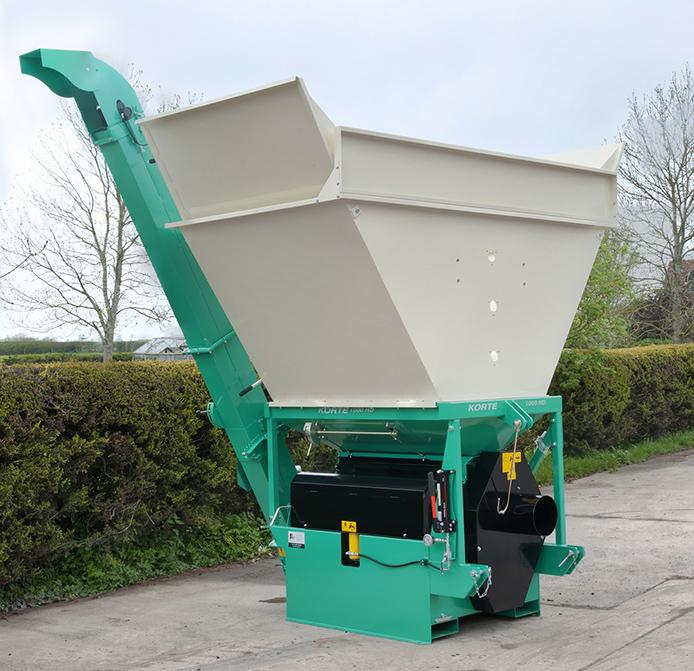 Korte 700S2 HD grain crimper mounted on optional trailer chassis