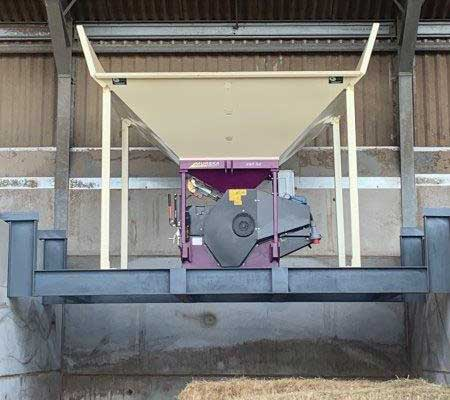 Murska 350 Electric fitted to allow grain to drop to floor